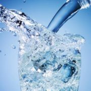 mineralna-voda-735x400