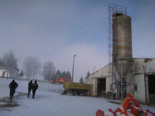 """СОКОЛАЦ, 11. ДЕЦЕМБРА /СРНА/ - """"Фарма Романија"""" на Сокоцу почела је санацију објеката некадашње фарме крава Подроманија, за коју ће у првој фази бити потребно око 400.000 КМ."""