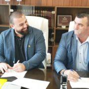 potpisivanje-ugovora-help-i-opstina-vlasenica-620x330