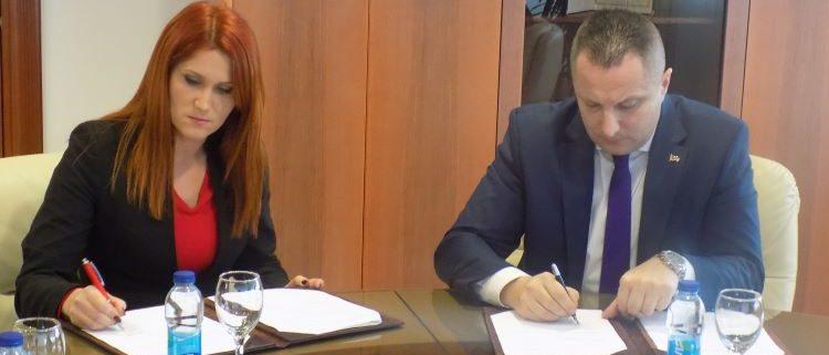 potpisan-memorandum-o-poslovnoj-saradnji-sa-klubom-poslovnih-zena-03-12-2019-2_299264622